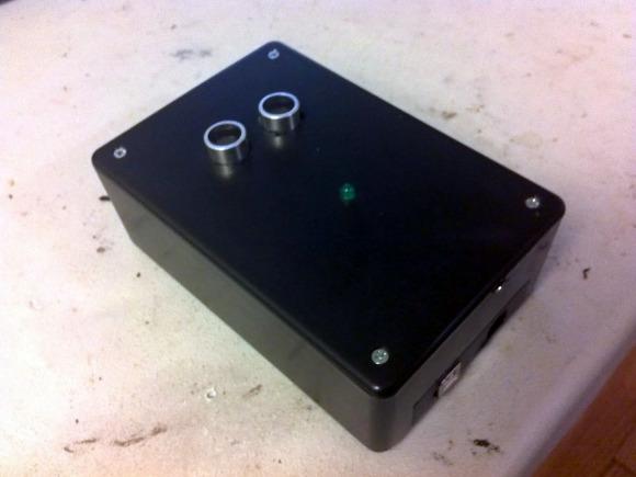 Hacker cria tocador MP3 sem toque