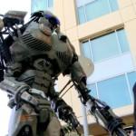 Robô Gigante da Wired na semana Geek do Youtube